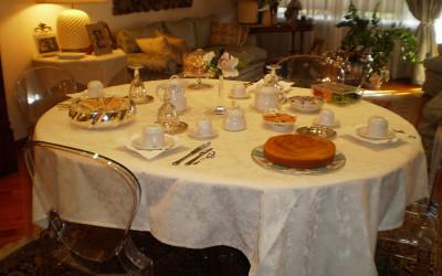 Salone con Colazione - Living Room with Breakfast